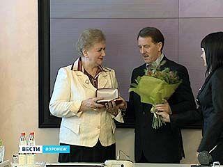 Губернатор Воронежской области назвал уходящий 2011 годом созидания