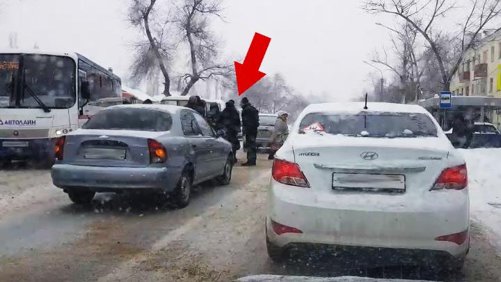 В Воронеже иномарка сбила 7-летнего ребёнка прямо на пешеходном переходе