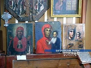 Иконы не смогли уберечь богучарский музей от кражи