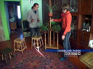 Иван Рыльков занимается деревообработкой четыре года