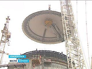 Как на реактор второго энергоблока НВАЭС-2 установили купол?