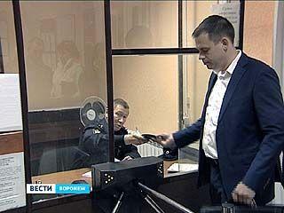 Как наказать экс-мэра Семилук и его подчинённого. Приговор ожидается сегодня