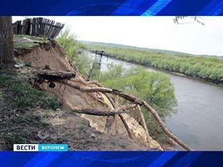 Как остановить обрушение берега Дона в районе Павловска?