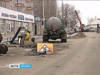 Канализационный коллектор на улице 25 Января до сих пор не отремонтировали