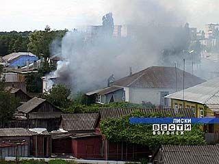 Копоти в небо Лисок добавил пожар на окраине города