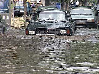 Ливневые канализации Воронежа уже не справляются с потоками воды