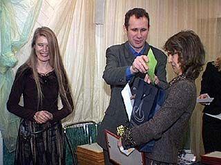 Лучших спортивных журналистов 2006 года наградили кубками