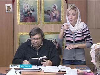 Молитва на языке жестов - где богослужения проводят с сурдопереводом?
