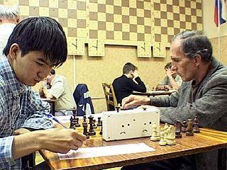 На 8-ом шахматном фестивале лидирует Батор Самбуев