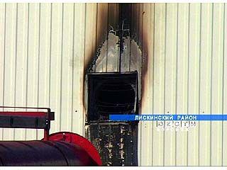 """На """"Лискобройлере"""" от огня спасали здание инкубаторного цеха"""
