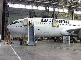 На МАКСе воронежский самолет ИЛ-96-400Т оказался в центре внимания