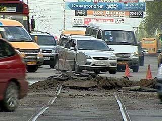 На Московском проспекте начали демонтаж рельсов