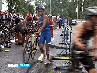 На набережной Массалитинова разыграли награды Кубка России по триатлону
