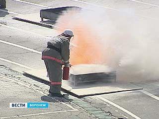 На стадионе Профсоюзов соревновались добровольческие пожарные дружины