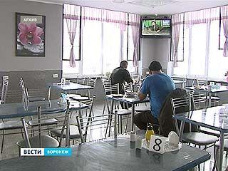 На трассах Воронежской области работают 17 пунктов обогрева