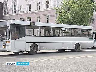 На улицы города могут не попасть 34 иностранных нерастаможенных автобусов