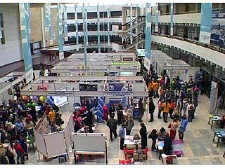 Начинается заезд участников на строительно-мебельную выставку