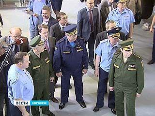 Николай Панков и Олег Остапенко посетили научную роту, созданную в Воронеже