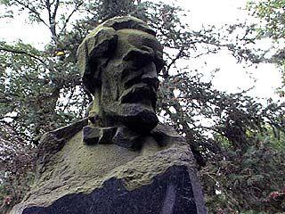 Новый памятник поэту Никитину вскоре украсит Воронеж
