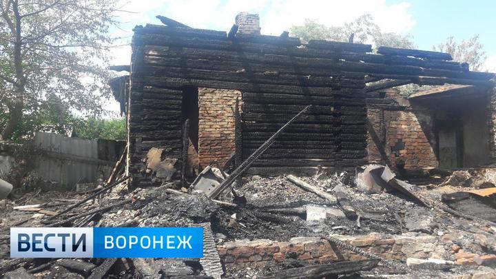 Мать шести детей, у которой сгорел младенец под Воронежем, считали благополучной