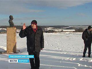 Общественник из хутора Атамановка захватывает муниципальную землю для своих памятников