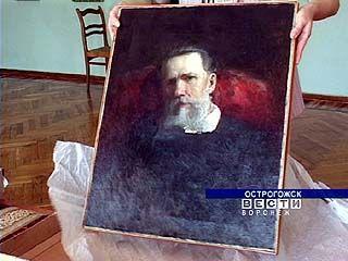 Острогожский музей обрел три картины, которые чуть не погибли в огне