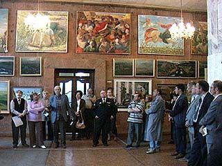 Открылась персональная выставка Виктора Донского