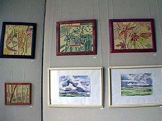 Открыта выставка картин молодых художников