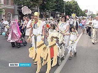 Парад колясок прошёл в Борисоглебске и Воронеже