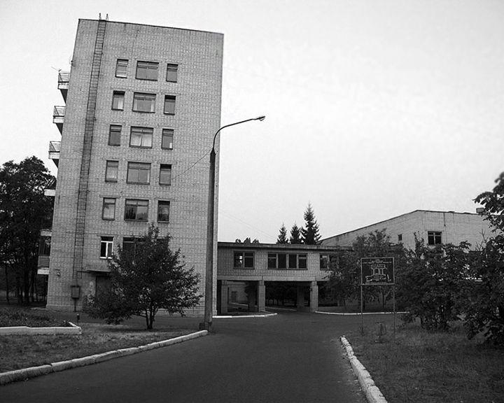 Пациент воронежской больницы выбросился с седьмого этажа