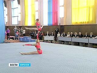 Первенство страны по акробатике стартовало в Воронеже