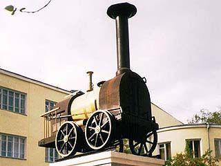 Первый паровоз был пущен на рельсы 170 лет назад