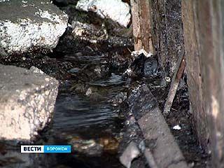 После капремонта канализационные отходы стали сливаться в подвал жилого дома