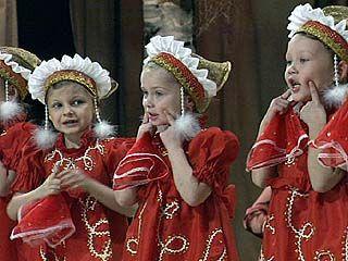"""Посвящение в """"матрешки"""" состоялось во Дворце творчества детей и молодежи"""