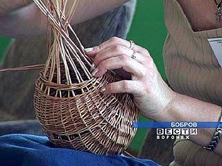 Продолжается фестиваль мастеров лозоплетения