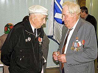 Прошло торжественное собрание, посвященное Дню моряка-подводника