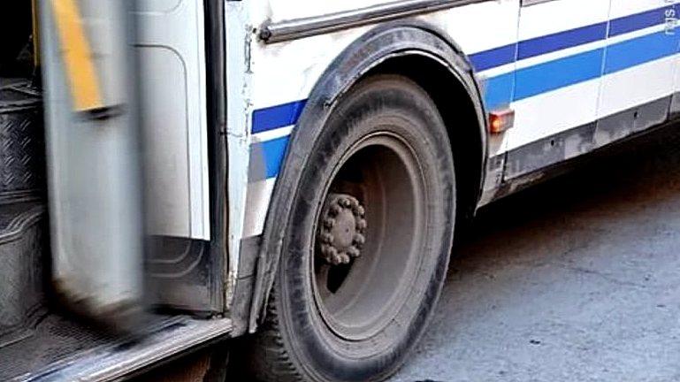 Жительница Воронежа: «Маршрутка проехала по ногам выпавшей пассажирки»
