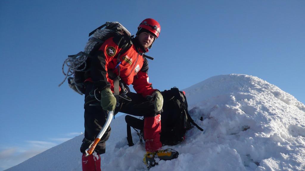 Для семьи погибшего в горах воронежского альпиниста за два дня собрали 100 тыс. рублей