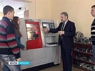 Рабочим профессиям в Воронеже теперь обучают по-новому