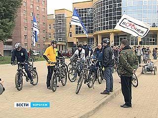 Ректор ВГУ Дмитрий Ендовицкий принял участие в велопробеге