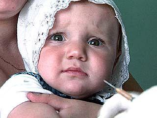 Родители не могут отказываться от обязательных прививок своим детям