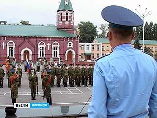 Рота почётного караула ВВАИУ готова к юбилею Воронежа