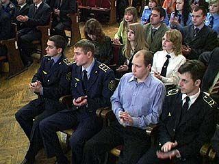 Руководители ЮВЖД встретились с выпускниками ВУЗов