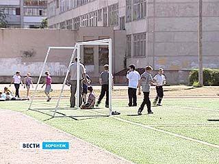 С явными недоработками были приняты от подрядчиков 8 спортивных площадок из 13