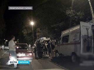 Серьезное ДТП произошло накануне ночью на улице 9 Января