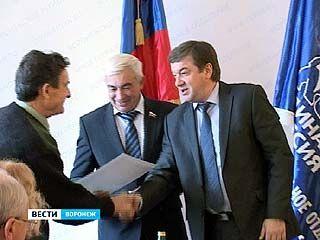 Сергей Колиух выслушал жалобы горожан в общественной приемной Владимира Путина