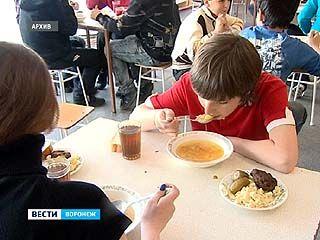 Школьная еда опасна для здоровья