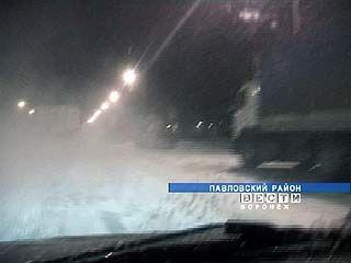 Снегопад добрался до Павловского района Воронежской области