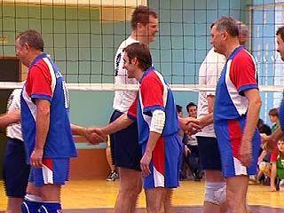 Состоялась товарищеская встреча воронежских и московских ветеранов волейбола