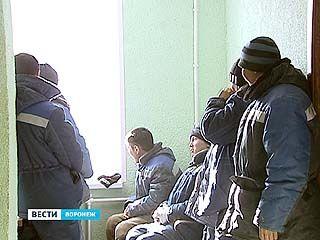 """Сотрудники ФМС задержали 15 незаконных мигрантов в ПП """"Масловский"""""""